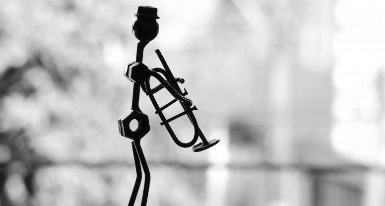 Feng shui element Metala -metalna figura muzičara