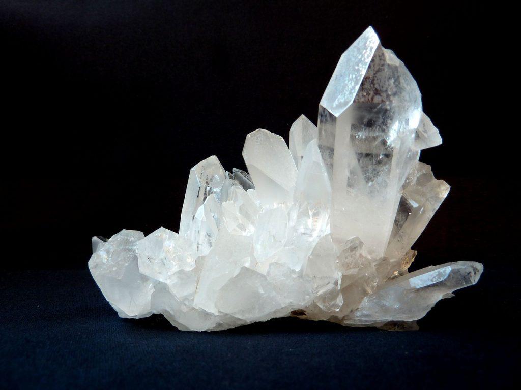 kristali-su-feng-shui-aktivatori-kvarc