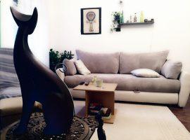 Feng shui za Hvatače Snova egipatska mačka u dnevnom boravku